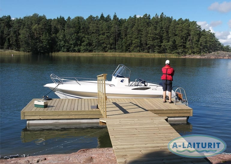 Medium heavy concrete pontoon deck 6,2 x 2,5 m