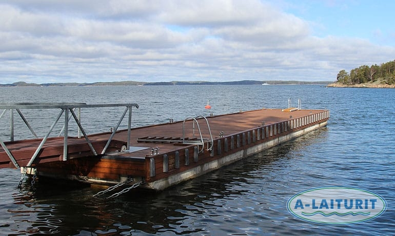 Heavy duty concrete pontoon dock