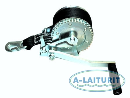 Winch with 10m line, pulling capacity 600 kg