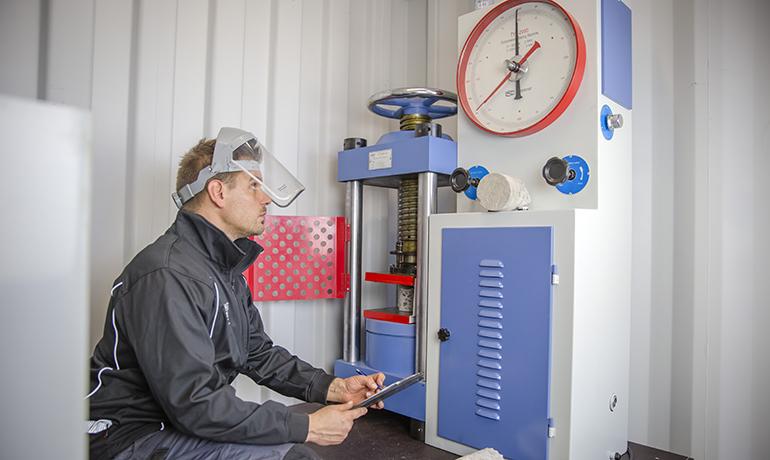 A-Laiturit betonin laadunvalvonta ja testaus